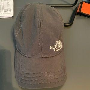 Dark grey North Face hat